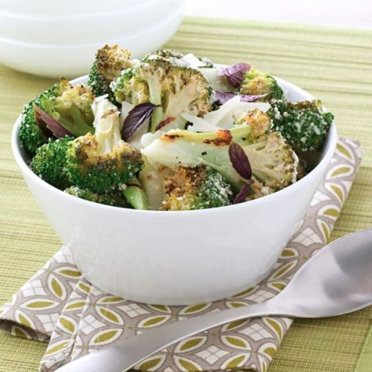 Time needed to prep and cook this grilled broccoli recipe? 15 minutes.